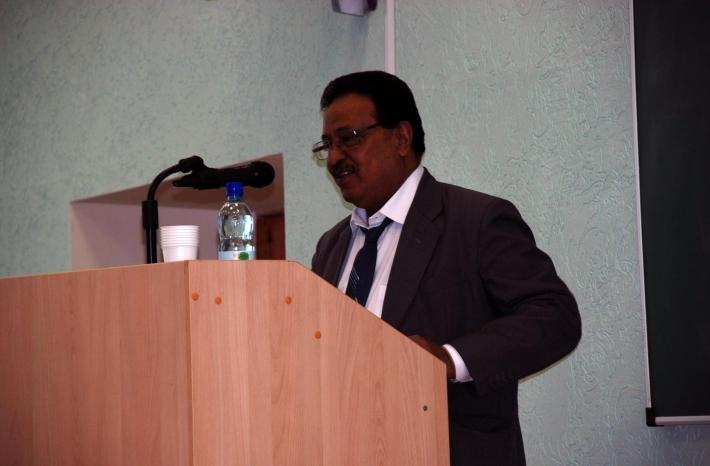 Патнайк Аджай, профессор Дели, Индия