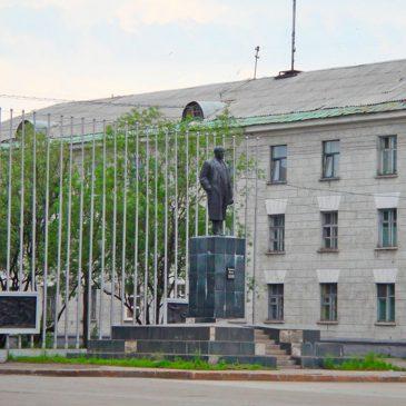 Скульптурный памятник Владимиру Ильичу Ленину