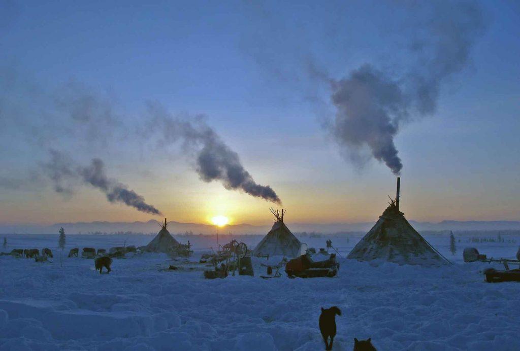 Закат в тундре. Арктика.