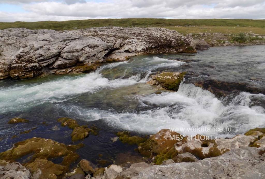 Входной порог на реке Нияю