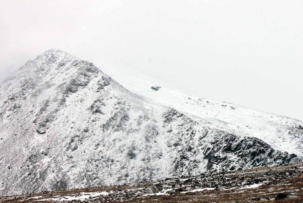 Гребень горы 1259 м. Полярный Урал.